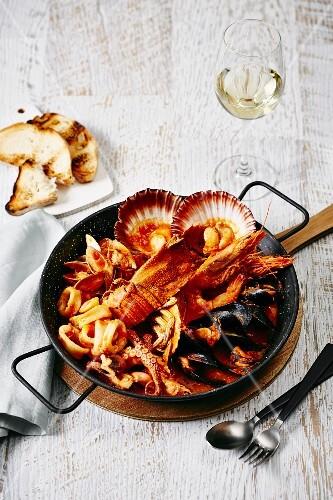 Zuppa di pesce (Italian seafood soup)