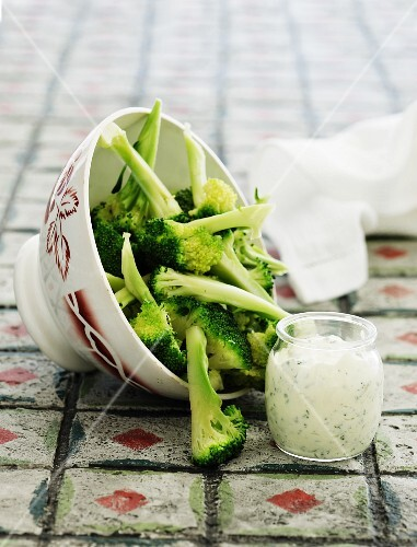 Broccoli florets with a herb dip