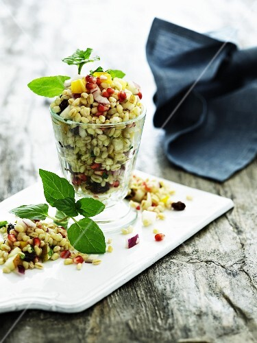 Wheat salad with pomegranate seeds