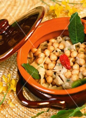 Lagane e ceci (chickpea soup with tagliatelle, Italy)
