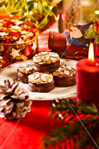 Bacio with flaked almonds for Christmas