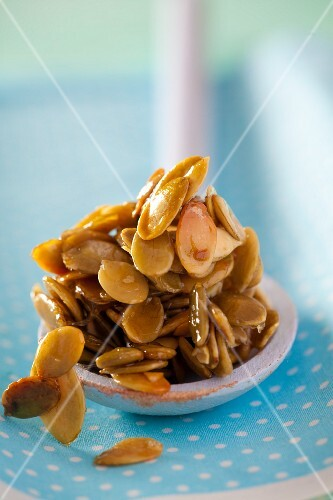 Pumpkin seeds caramelised in honey