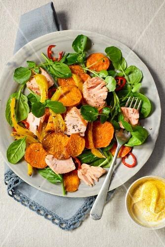 Salmon salad with sweet potatoes