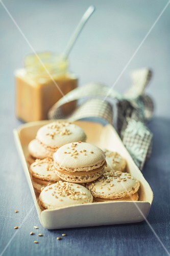Macarons mit Sesam