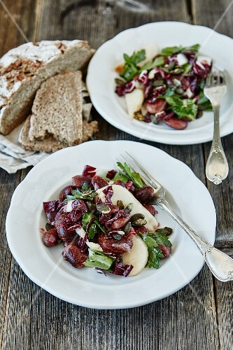 Runner bean salad with radicchio and pears