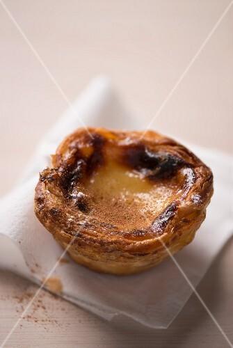 Pastel de Nata (Puddingtörtchen, Portugal) mit Zimt