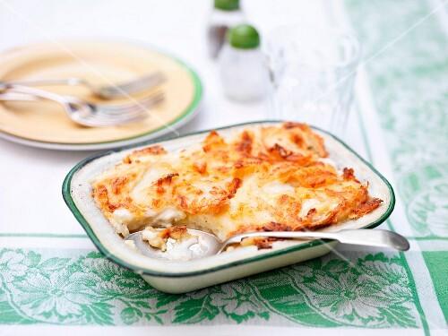 Potato gratin in a ceramic dish