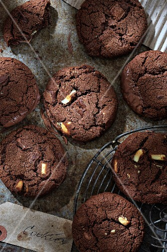 Chocolate cookies with nuts (seen from above)