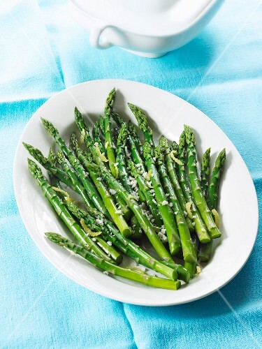 Steamed Organic Asparagus with Lemon
