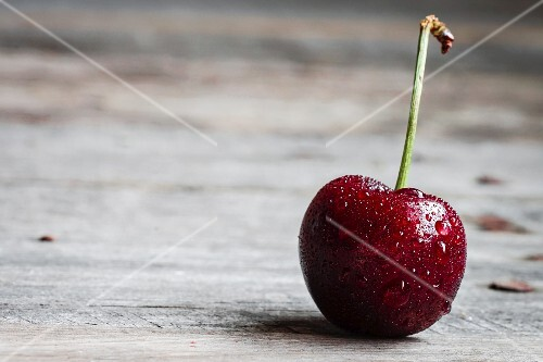 A freshly washed cherry (close-up)