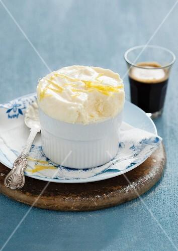 Lemon and cream cheese soufflé