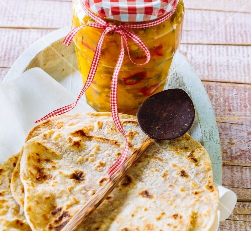 Chapatis with chutney
