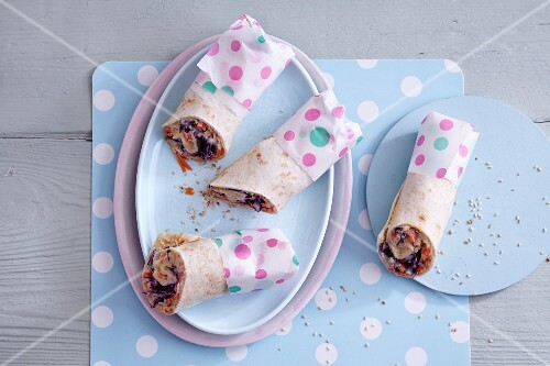 Carrot and hummus wrap with red cabbage