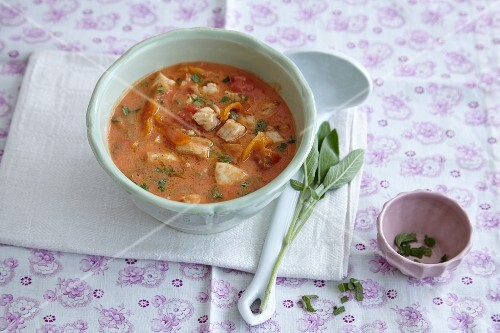 Tomato and apricot sauce with sage