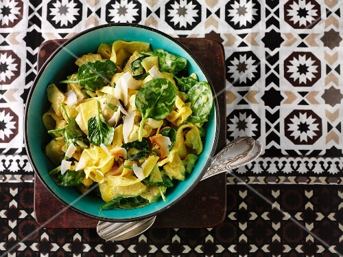 Tagliatelle with spinach