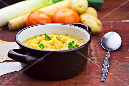 Thick cream of vegetable soup