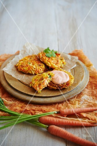Carrots and parsnips fritters with Sriracha crème fraîche