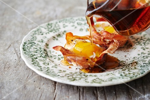 Egg in crispy Parma ham with maple syrup