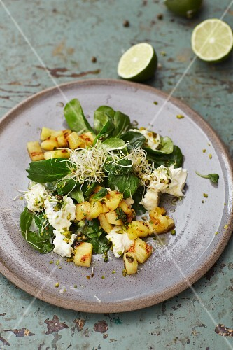Pineapple salad with gorgonzola and a lime and honey dressing