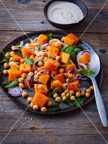 Warm pumpkin salad with chickpeas and yoghurt