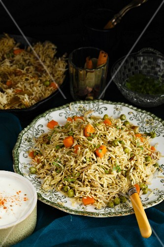 Pilau with coriander and peppermint