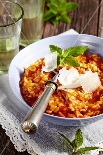 Tomato risotto with peppermint