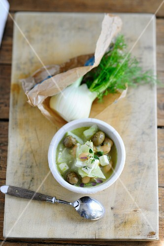 Fennel and bean stew