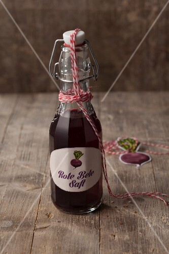 Beetroot juice – colouring for vegan sausages