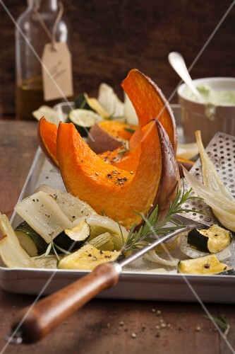Oven-roasted pumpkin, fennel and courgette