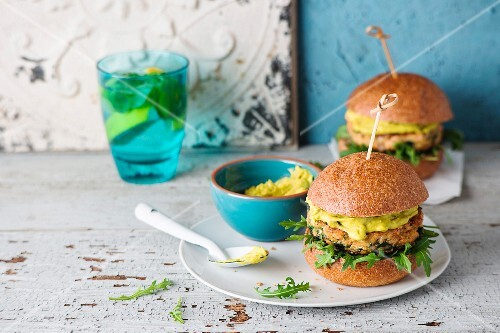 Salmon and quinoa burgers with avocado cream