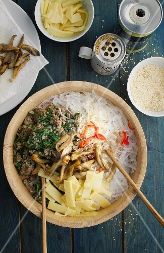 Glass noodle salad with minced meat, bamboo shoots and mushrooms (Asia)