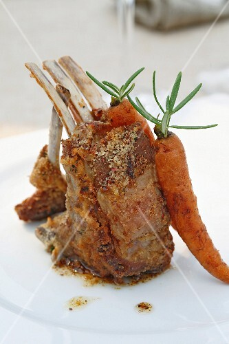 Herb lamb chops with glazed baby carrots