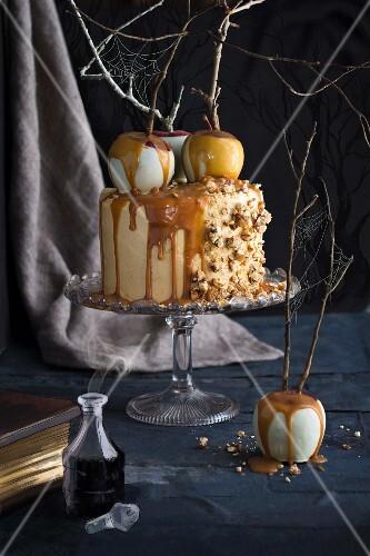 Caramel and apple buttercream cake for Halloween