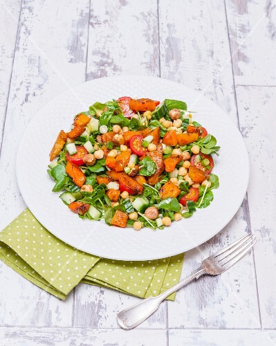 Chickpea and pumpkin salad with hazelnuts