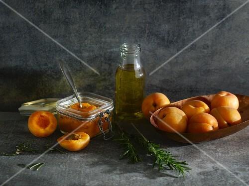 Cold-stirred apricot spread