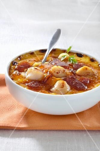 Crème brûlée with scallops