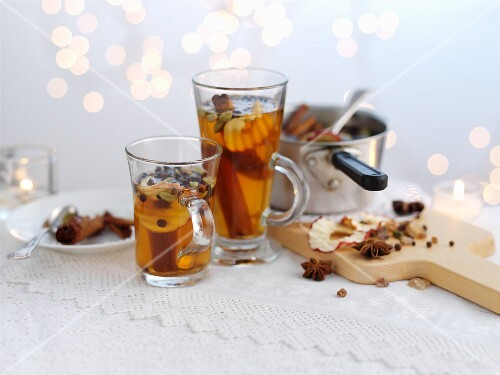 Mulled cider with apple slices for Christmas