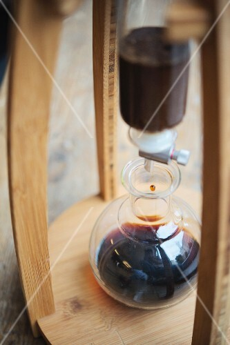 Roasting house and cafe 'The Barn' in Berlin, cold-drip process