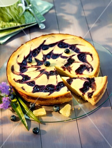 Blueberry and pineapple cheesecake