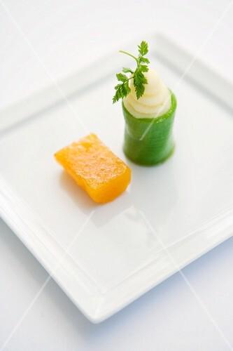 Cucumber rolls with chard caviar