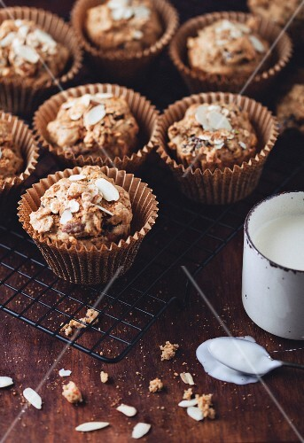 Breakfast muffins with yoghurt