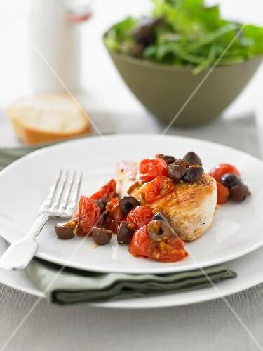 Hähnchenbrust mit Kirschtomaten und Oliven