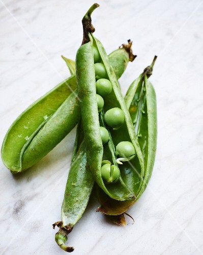 Opened pea pods