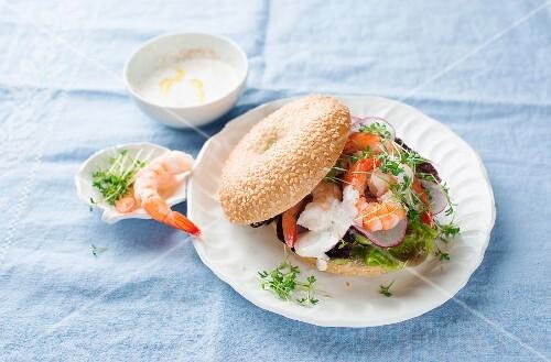 Bagel sandwich with prawns