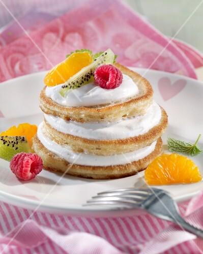 Pancakes with vanilla quark and fruit
