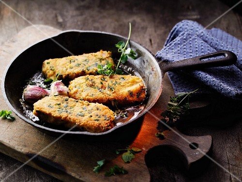 Fried chickpea slices à la Hildegard von Bingen