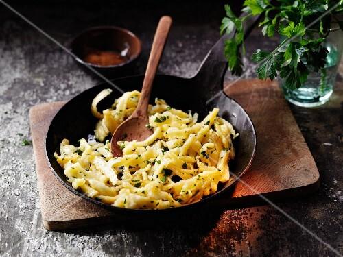 Spelt egg noodles à la Hildegard von Bingen