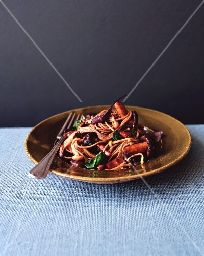 Soba noodles with mushrooms and bacon