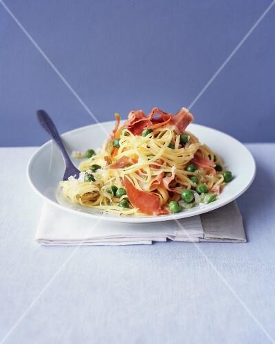 Taglerini with peas, Prosciutto and Parmesan cheese