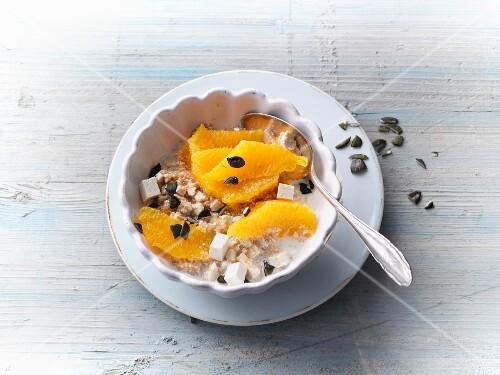 Amaranth muesli with silken tofu and oranges